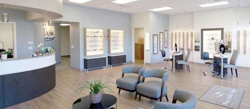 Eyewear display, optical space design, optical space remodel, design and build, eyewear displays
